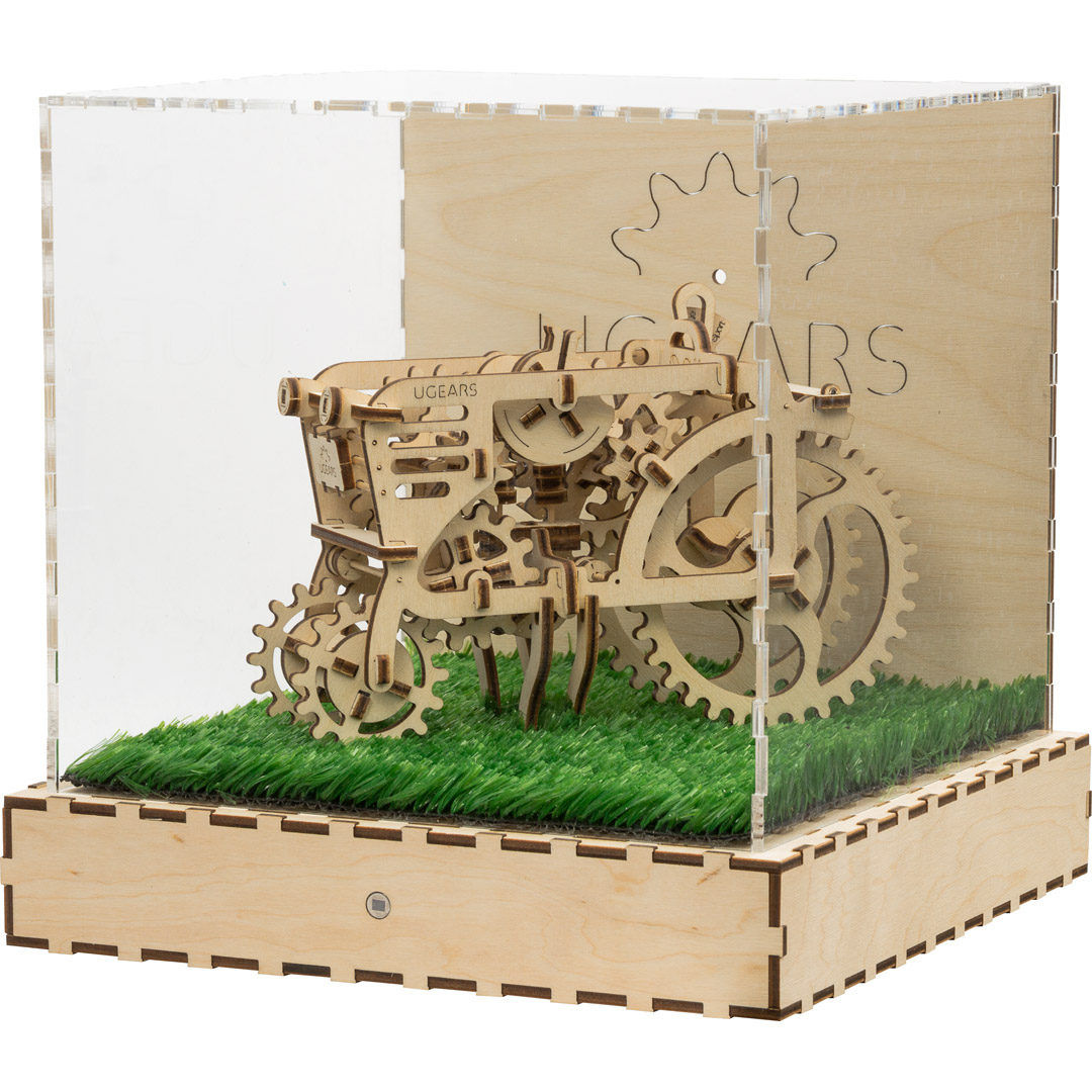 UGEARS:  SHOW CUBE TRACTOR